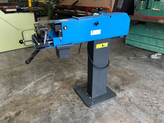 ALMI 100 U Belt grinding tube notcher